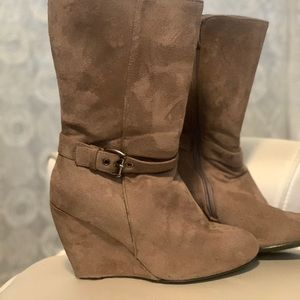 Mid calf wedge boots size 8